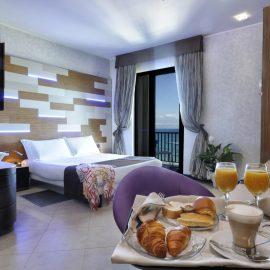 Camere President Lux Mare Hotel a Savona | Liguria viaggiatore goumet, spiaggia privata, piscina con acqua di mare