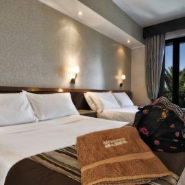 Camere Family Mare Hotel a Savona | Liguria viaggiatore goumet, spiaggia privata, piscina con acqua di mare