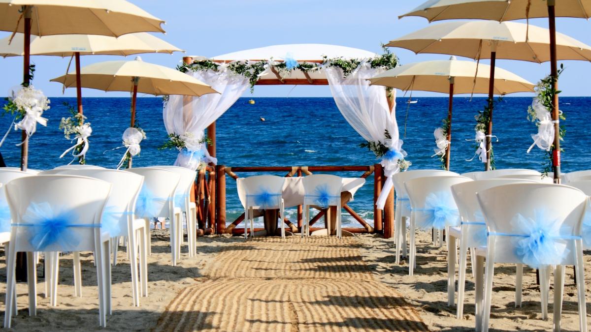 Matrimonio Spiaggia Savona : Mare hotel a savona matrimoni liguria vacanze gourmet
