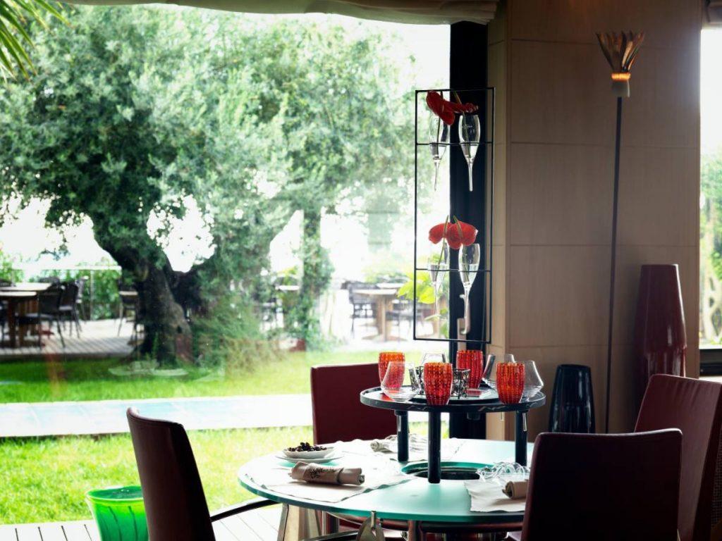 Mare Hotel a Savona | ristorante menu SOLO MANI | Liguria vacanze goumet, spiaggia privata, piscina con acqua di mare