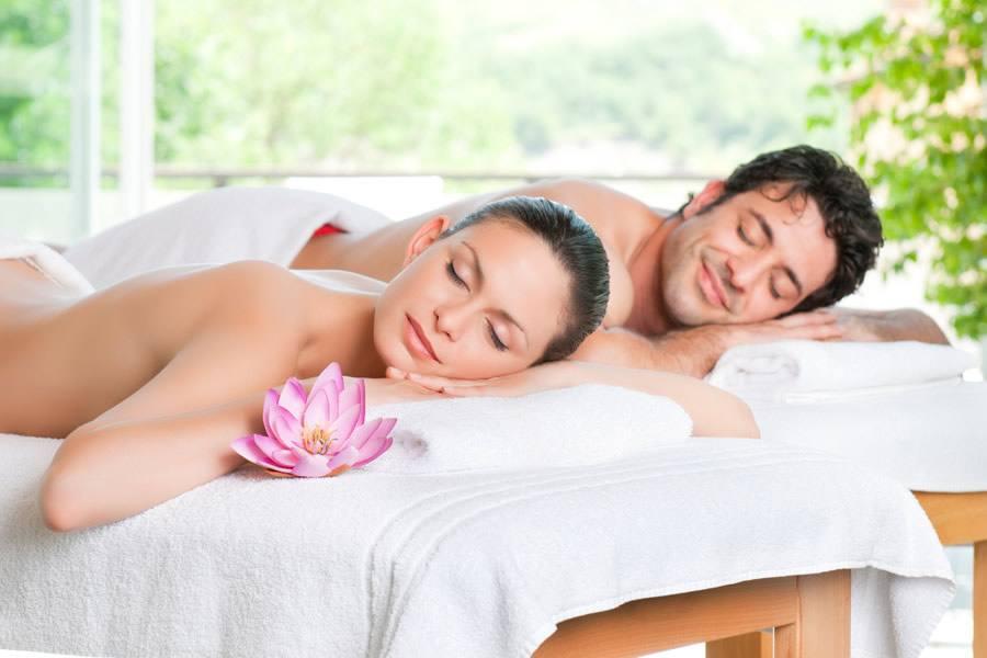 Mare Hotel a Savona | pacchetto romantico | Liguria vacanze goumet, spiaggia privata, piscina con acqua di mare